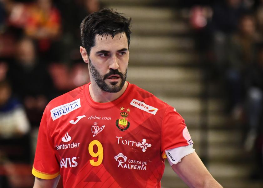 raul entrerrios spain handball national team's captain