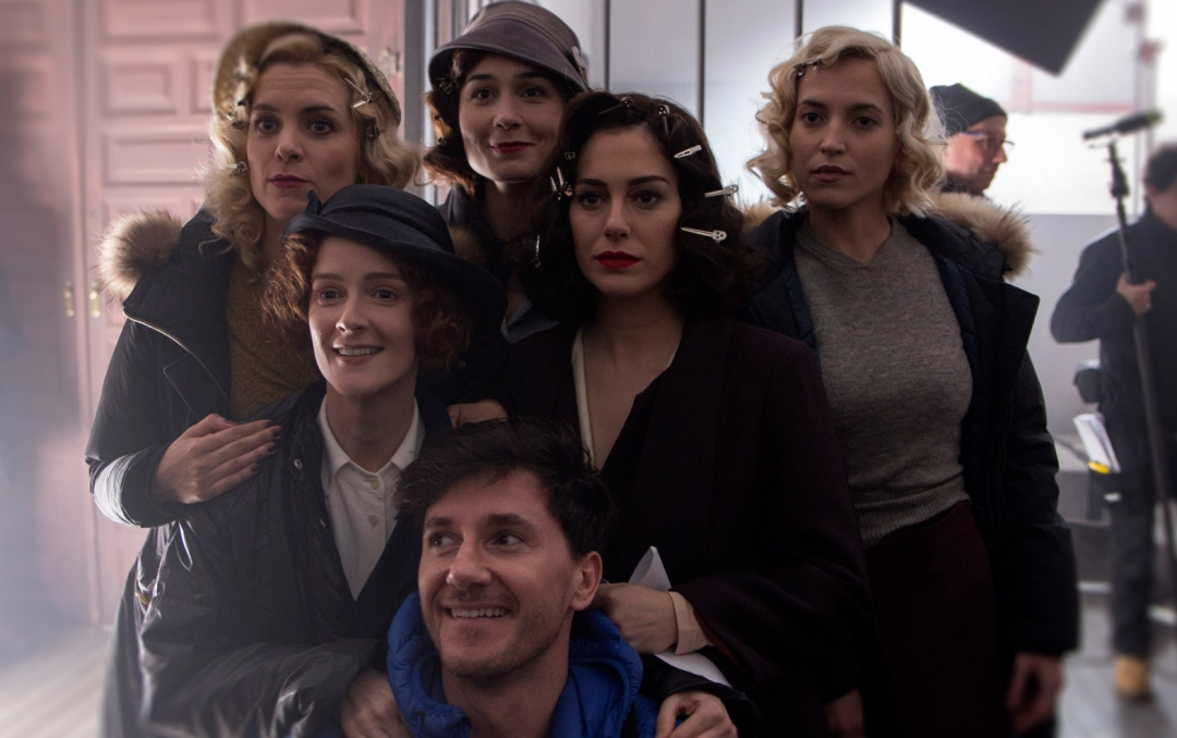 Photography of the main characters of Cable Girls