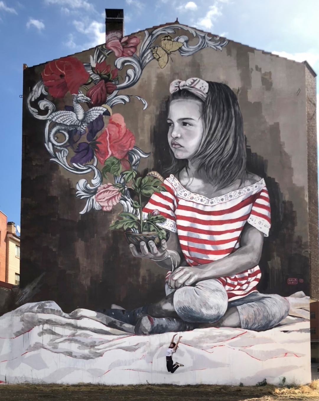 Lula Goce - El arte que florece en las fachadas